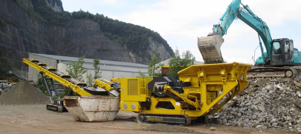 Keestrack B3 Jaw crusher and S5 Stacker